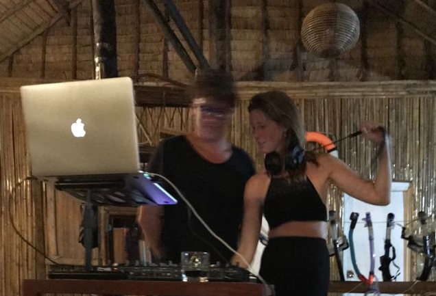 Allround DJ Rosalinde Boeken